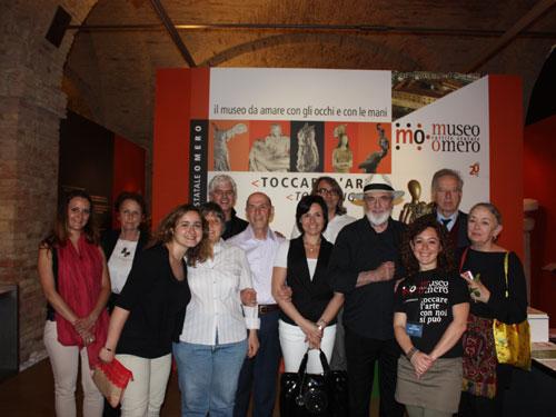 Foto di gruppo al Museo Omero
